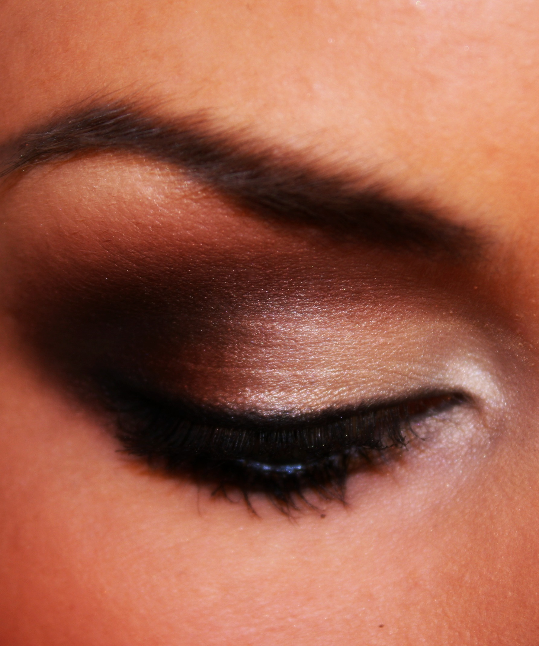 12 Tips for Eye Makeup Safety